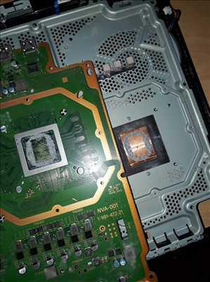 Photo de réparation de console de jeux n°1002 à Strasbourg par le réparateur Hugo