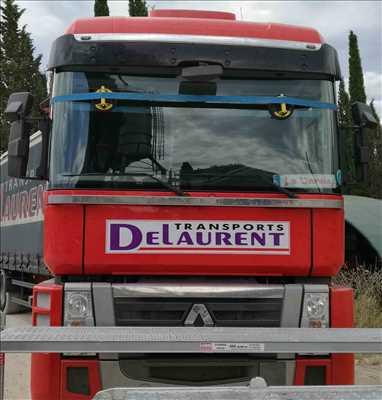 Photo de réparation de voiture n°1028 à Toulon par SERVICE PARE-BRISE