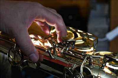 Photo de réparation d'instruments de musique n°118 à Vienne par le réparateur Le Garage à musique