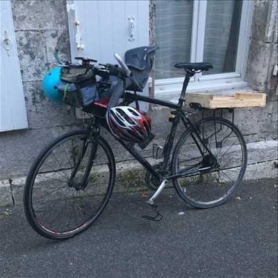 Photo de réparation de vélo n°1246 à Angoulême par le réparateur Guillaume