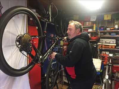 Photo de réparation de bicyclette n°1311 dans le département 72 par Pierre