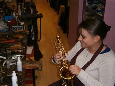 Photo de réparation d'instruments de musique n°138 à Dole par le réparateur CRESCENDO