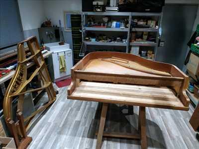 Photo de réparation d'instrument de musique n°151 dans le département 38 par Accord et Pianos
