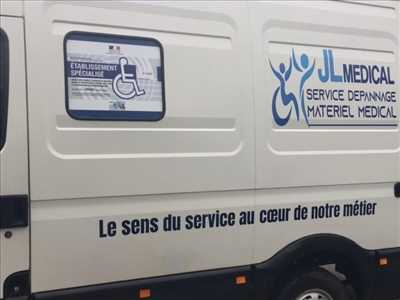 Photo de réparation de matériel médical n°1760 à Versailles par Jean Louis