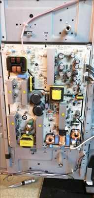 Photo de réparation de tv n°2195 dans le département 84 par Thomas