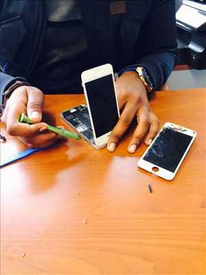 Photo de réparation de téléphone n°236 à Chantilly par Safe