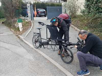 Photo de réparation de bicyclette n°2399 dans le département 74 par Julien