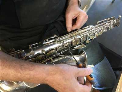Photo de réparation d'instruments de musique n°2452 à Bourges par Atelier les 4 vents