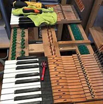 Exemple de réparation d'instrument de musique n°2765 à Issoudun par André William Accordeur Réparateur de piano