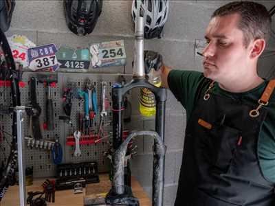 Photo de réparation de bicyclette n°2855 dans le département 69 par Cyclomontdor