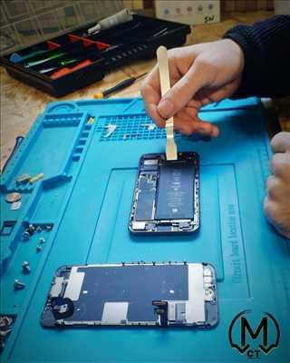 Photo de réparation de téléphone n°3042 à Chemillé-en-Anjou par le réparateur MCT INFORMATIQUE