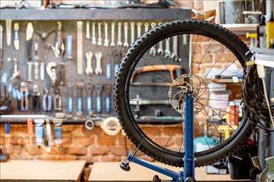 Photo de réparation de bicyclette n°3067 dans le département 33 par WeProgress