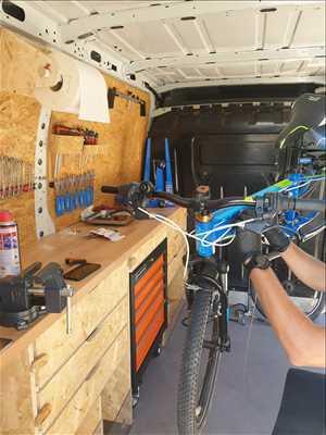 Photo de réparation de bicyclette n°3119 dans le département 6 par O2 Roues - Atelier vélo mobile