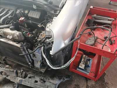 Photo de réparation de voiture n°3154 à Grenoble par le réparateur MAUZTER GARAGE