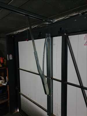 Photo de réparation de porte et de serrure n°3298 à Niort par le réparateur SArl O Dépann Menuiserie