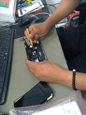 Photo de réparation de téléphone n°3312 à Thionville par Accès Informatique
