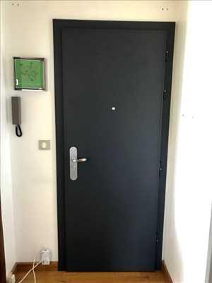 Exemple de réparation de porte d'entrée et de serrure n°3577 à Créteil par Jonathan