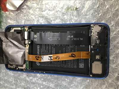 Photo de réparation de téléphone n°3670 à Hénin-Beaumont par le réparateur Repar-Touch