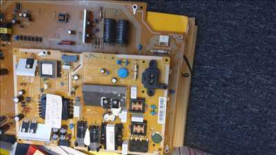 Photo de réparation de carte électronique n°3744 à Argenteuil par autoentrepreneur