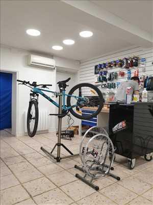 Photo de réparation de bicyclette n°3755 dans le département 69 par CENTAUR BIKE