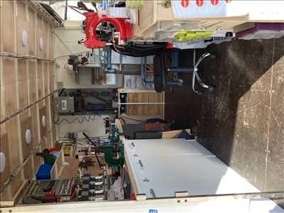 Photo de réparation de chaussures - cordonnerie n°3818 à Montluçon par le réparateur O'Bouif