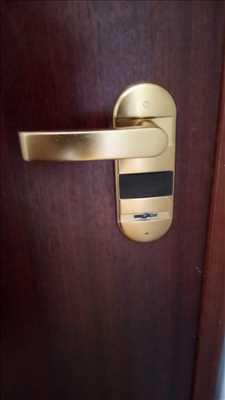 Photo de réparation de porte d'entrée et de serrure n°3839 dans le département 69 par Sos intervention