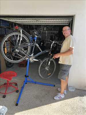 Photo de réparation de vélo n°430 à La Rochelle par le réparateur Eric