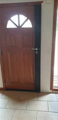 Photo de réparation de porte et de serrure n°470 à Vannes par le réparateur Urgence serrurerie