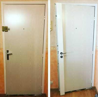 Photo de réparation de porte et de serrure n°496 à Bordeaux par J&y 33