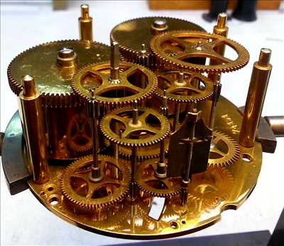 Photo de réparation d'horlogerie et de montre n°650 à Saint-Lô par le réparateur Thierry