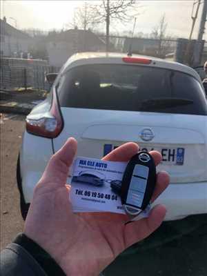 Photo de réparation de clé de voiture n°830 à Sens par le réparateur MaCléAuto