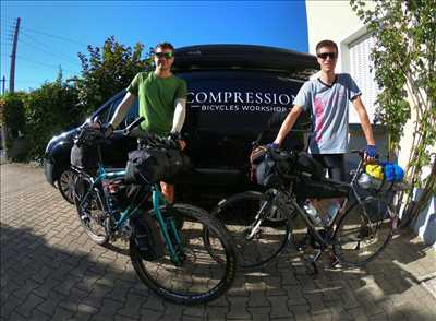 Photo de réparation de vélo n°846 à Le-Puy-en-Velay par le réparateur COMPRESSION BICYCLES