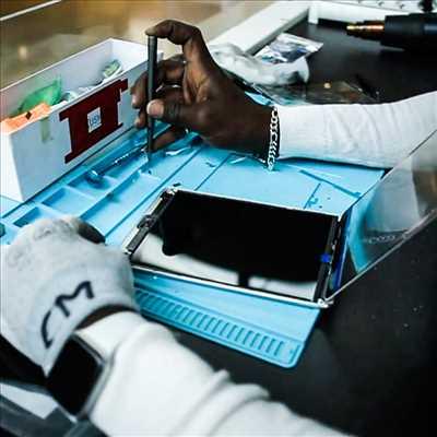 Photo de réparation de téléphone n°910 à Paris par le réparateur Avangarde