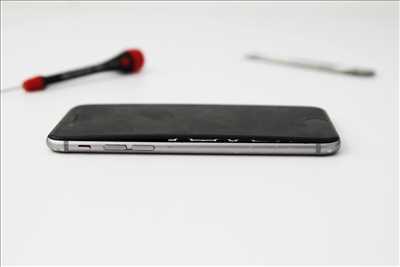 Photo de réparation de téléphone n°918 à Colombes par le réparateur Tony