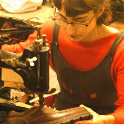 Photo de réparation de chaussures - cordonnerie n°946 à Dole par le réparateur Cordonnerie Lisa Répare
