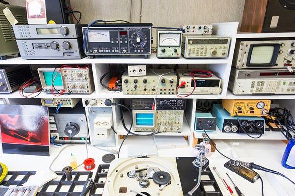 réparation de carte électronique avec D3Si à Caen