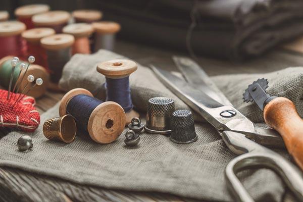 reprise de couture avec cuirentock à Castres