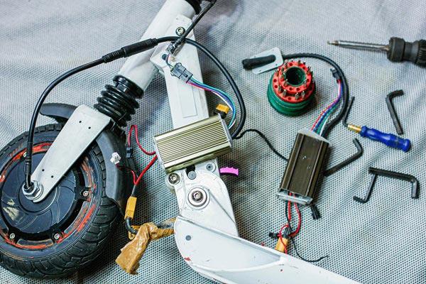 réparation de trottinette électrique avec ESD-LED à Dijon