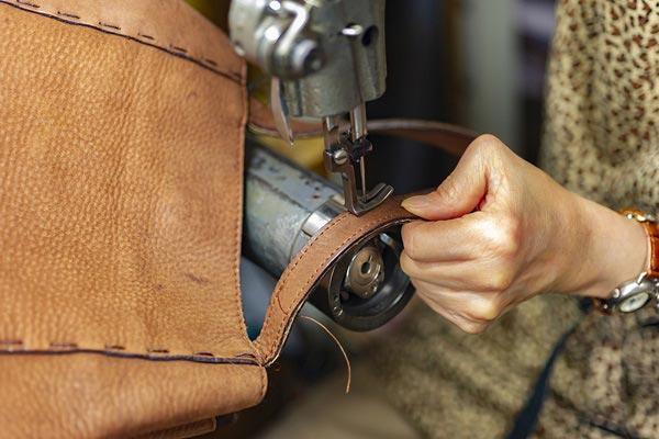 réparation de sac à main et valise avec MC CUIR à Dole