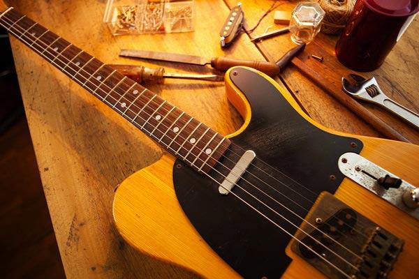 réparation d'instruments de musique avec invité à Fontainebleau