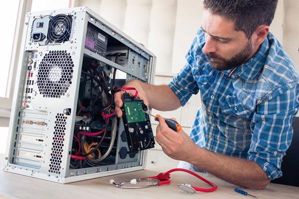 réparation et assistance informatique avec Dimitri à Niort