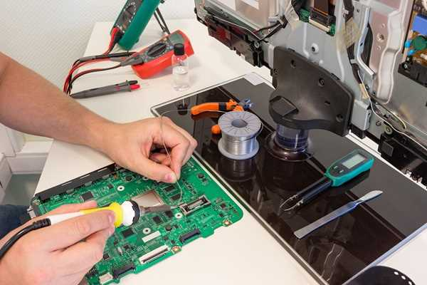 réparation de télévision avec Electron service à Salon-de-Provence